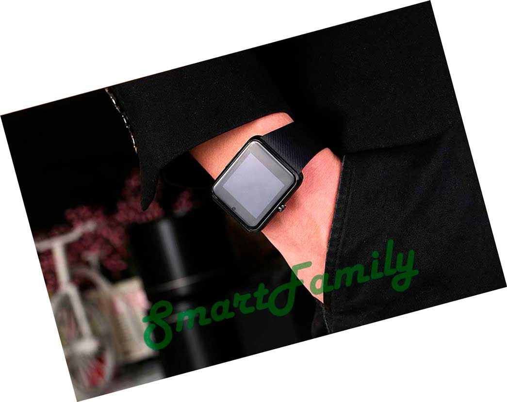 умные часы gt08 черные на руке