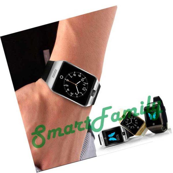 умные часы Q18 на руке