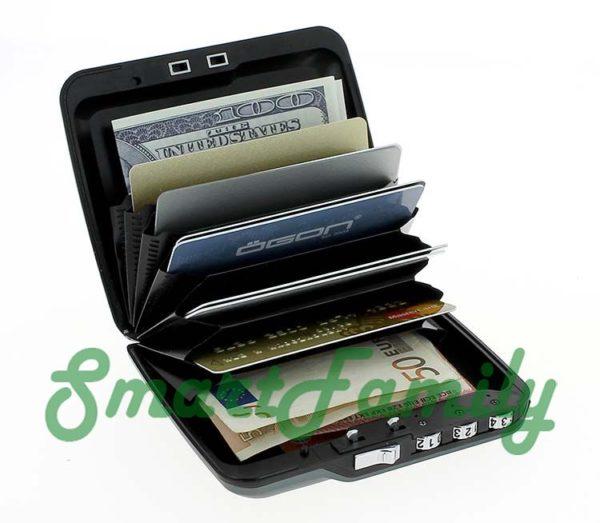 кошелек с кодовым замком Code wallet открыт