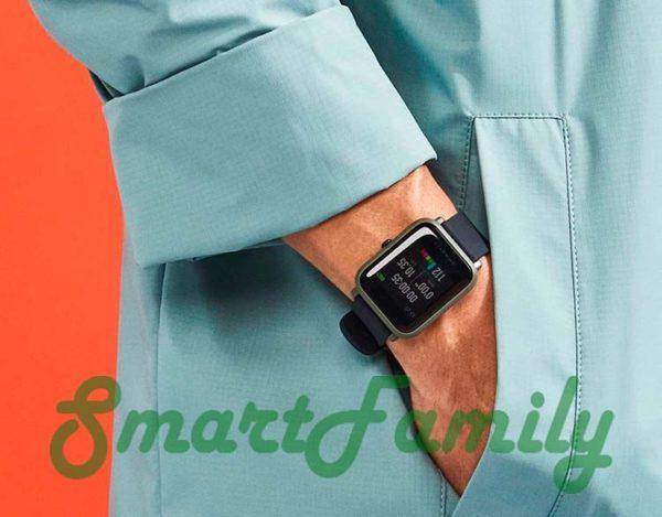часы amazfit на руке
