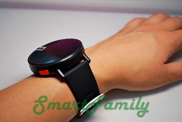 часы LEM X на руке